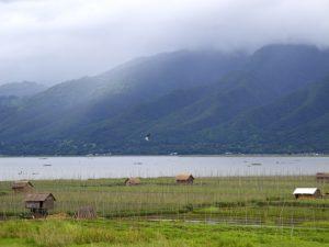 lake-444236_640
