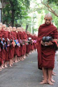 myanmar-1068573_640